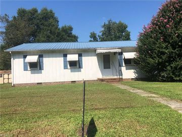 401 Martin Luther King Drive Thomasville, NC 27360 - Image 1