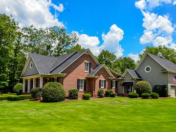 711 Pecan Tree Court Spartanburg, SC 29306 - Image 1