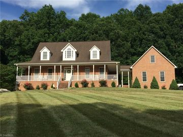 437 Willjose Drive Lexington, NC 27295 - Image 1