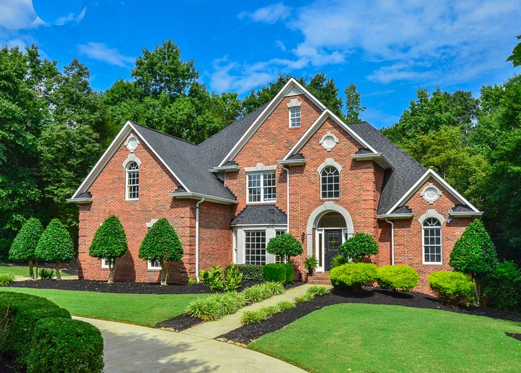 109 Sleepy Hollow Lane Spartanburg, SC 29306