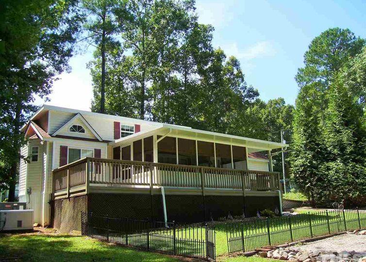123-125 Tishomingo Drive Louisburg, NC 27549