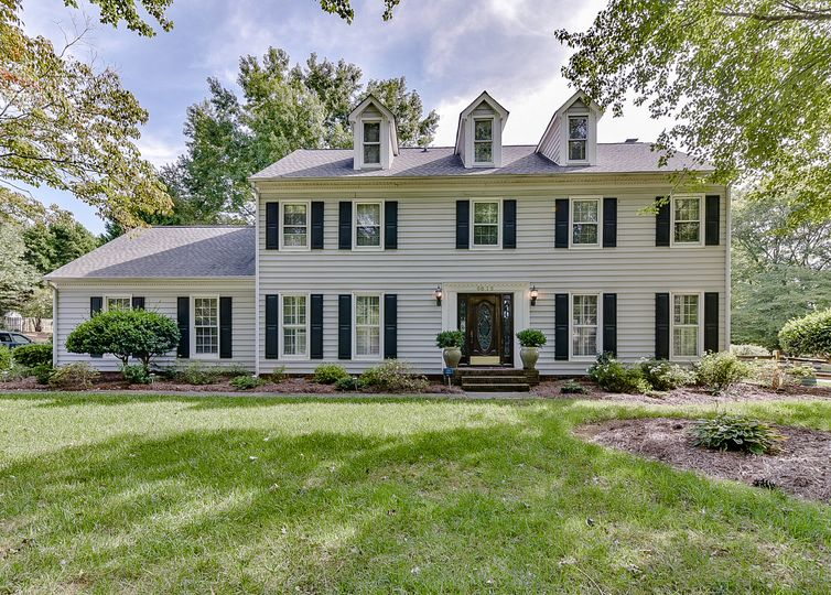 6016 Storehouse Road Mint Hill, NC 28227
