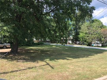 1821 Cody Avenue Greensboro, NC 27405 - Image