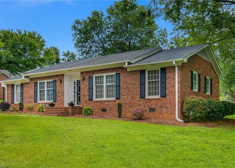 4405 Burning Tree Drive Greensboro, NC 27406