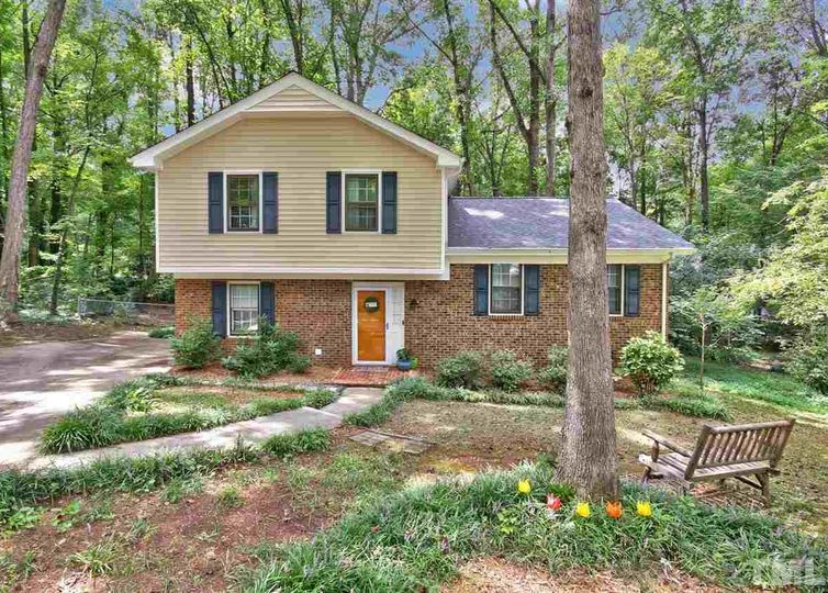 404 Lynchester Court Raleigh, NC 27615