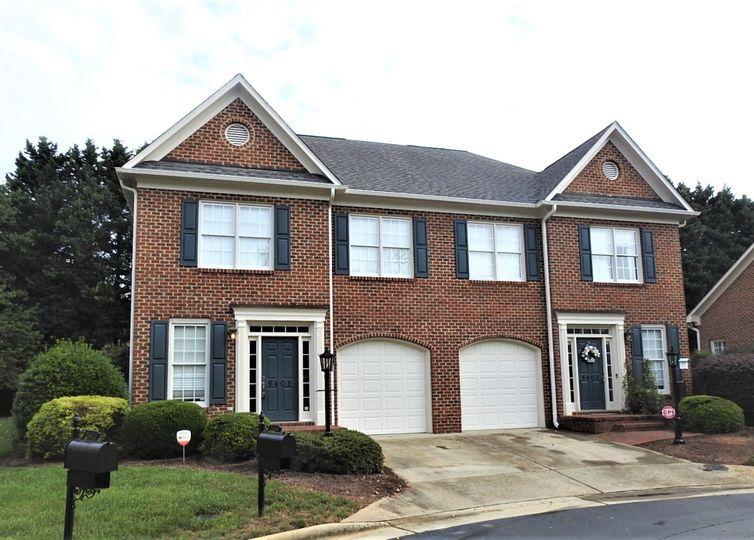 5401 Ridingate Court Greensboro, NC 27455