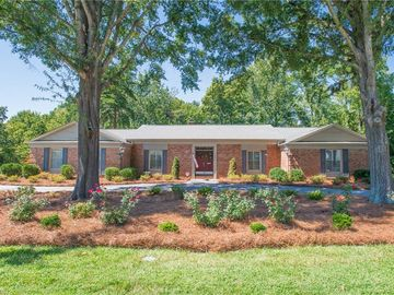 1402 Country Club Drive High Point, NC 27262 - Image 1