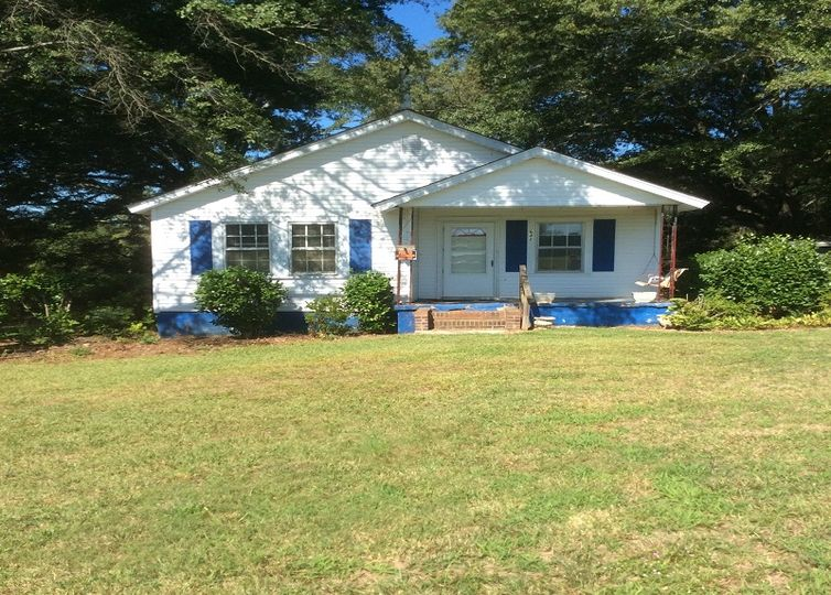 642 Old Pelzer Road Piedmont, SC 29673