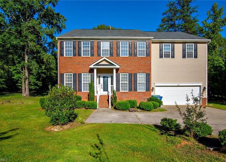 141 Stones Point Court Stokesdale, NC 27357