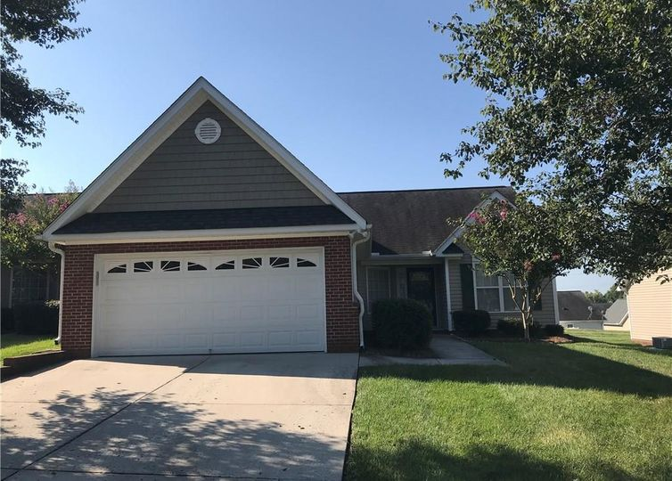 657 Ansley Way High Point, NC 27265