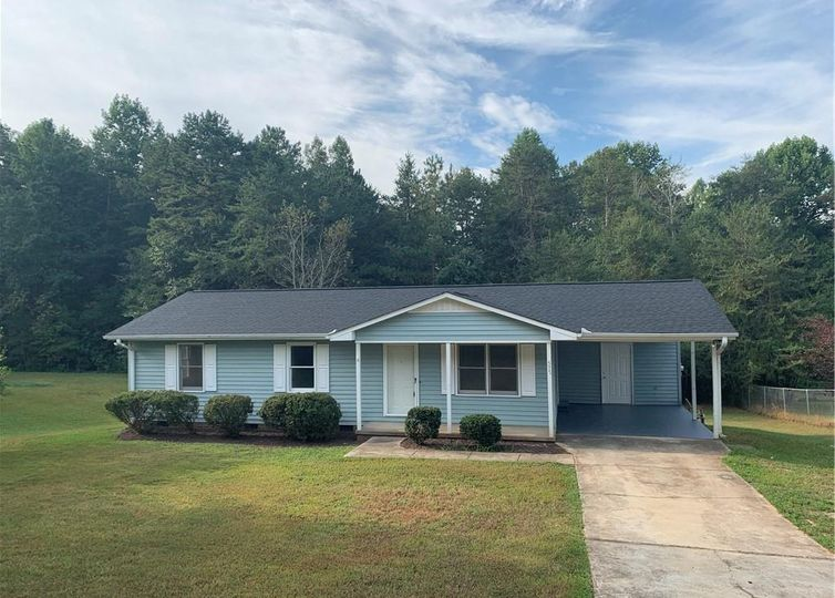 577 Campbell Bridge Road Seneca, SC 29678