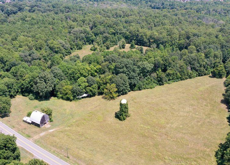 01 Meadowlark Drive Winston Salem, NC 27106