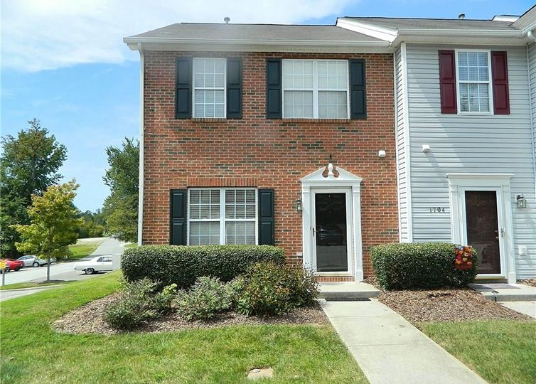 1702 Brittany Way Archdale, NC 27263