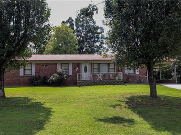 113 Monroe Drive Lexington, NC 27295 - Image 1