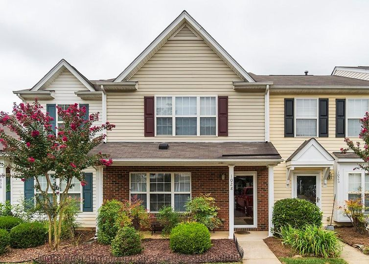 1028 Oak Blossom Way Whitsett, NC 27377