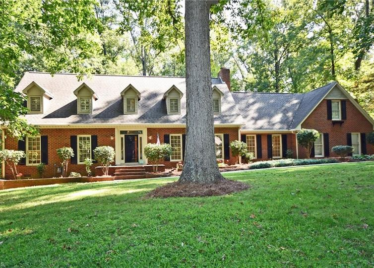 3804 Tangle Oak Drive Clemmons, NC 27012