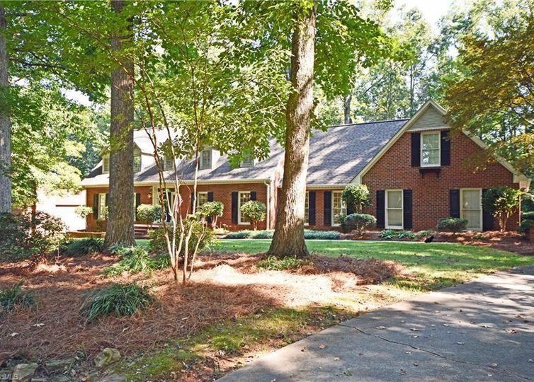3804 Tangle Oak Drive photo #1