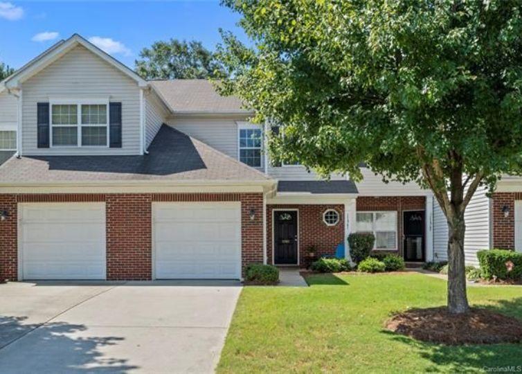 11961 Stratfield Place Circle Pineville, NC 28134