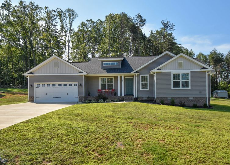 385 Twin Creeks Drive Stokesdale, NC 27357