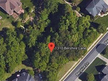 1310 Bershire Lane Charlotte, NC 28262 - Image