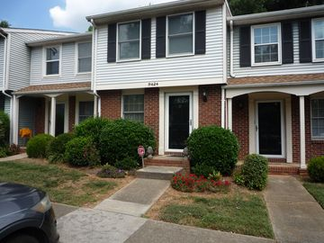 9424 Lexington Circle Charlotte, NC 28213 - Image 1