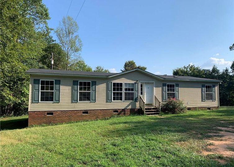 3678 Piedmont Estates Road Climax, NC 27233