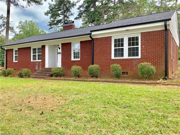 201 Carolina Avenue Lexington, NC 27292 - Image 1