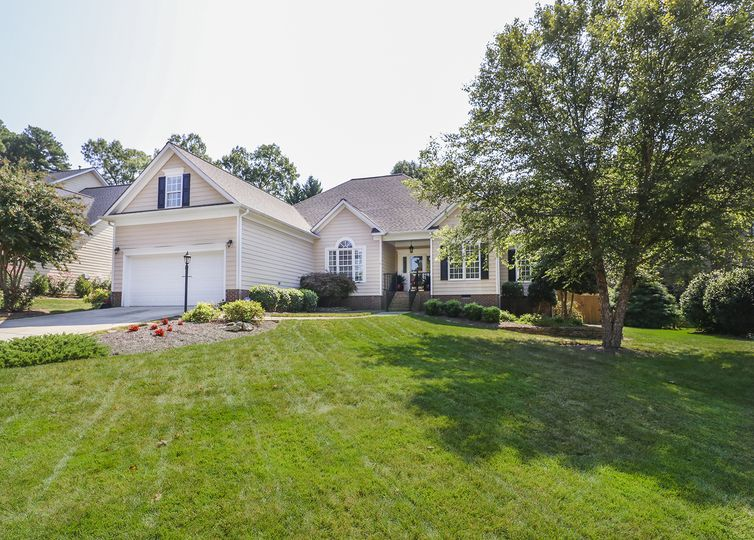 4620 James Crossing Drive Jamestown, NC 27282