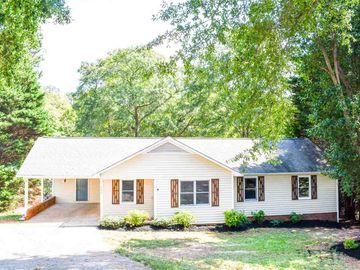 908 Old Wagon Road Boiling Springs, SC 29316 - Image 1