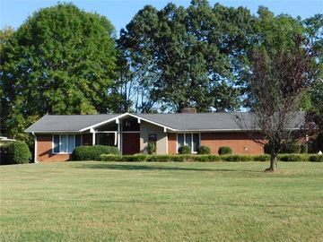 253 Cedar Lodge Road Thomasville, NC 27360 - Image 1