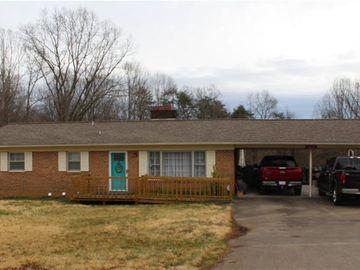 281 W Highland Avenue Elkin, NC 28621 - Image 1