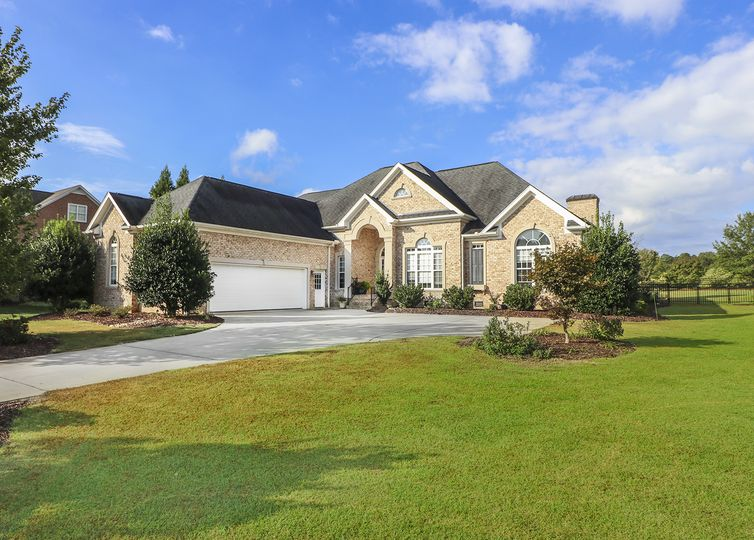 6091 Clopton Drive Greensboro, NC 27455