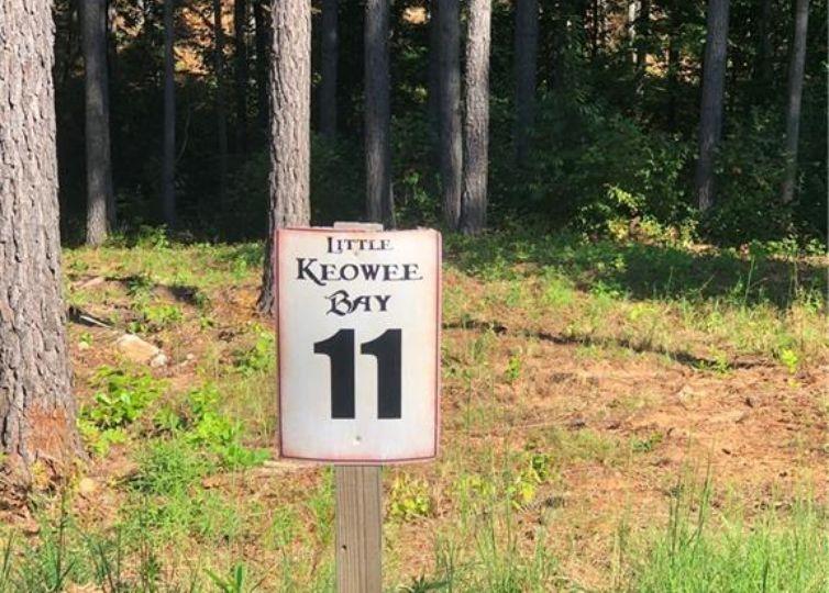 000 Little Keowee Blvd/ Lot 11 Little Keowee Bay West Union, SC 29696