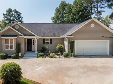 232 E Waters Edge Lane West Union, SC 29696 - Image 1