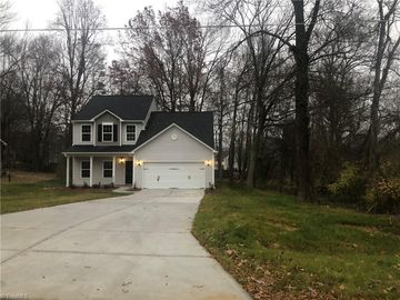 2821 Roland Road Greensboro, NC 27407 - Image