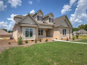 2005 Verde Lane Greensboro, NC 27455 - Image 1