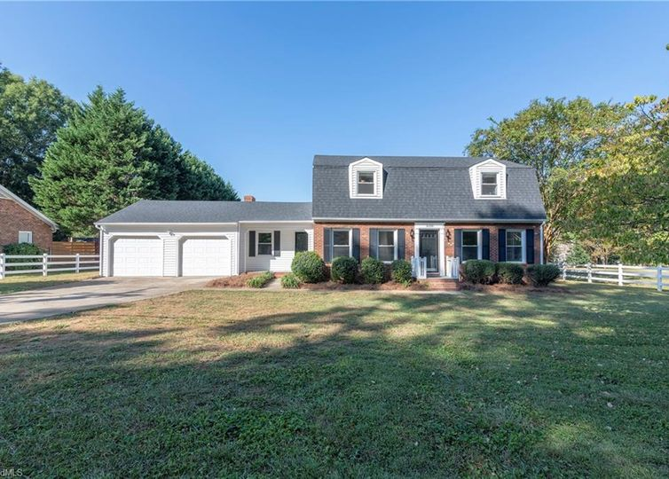 3100 Middlebrook Drive Clemmons, NC 27012