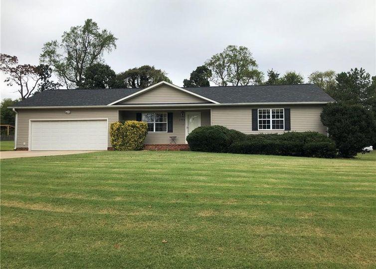1713 Brittany Ridge Drive Kernersville, NC 27284