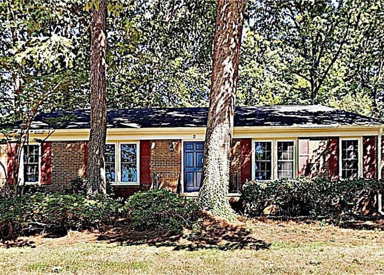 2 Shawfield Court Greensboro, NC 27409