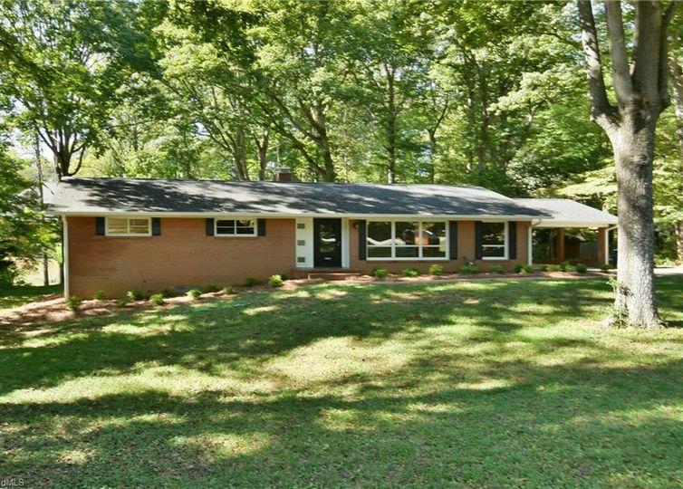 648 Friar Tuck Road Winston Salem, NC 27104