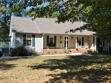 856 Lakeview Drive Thomasville, NC 27360 - Image 1