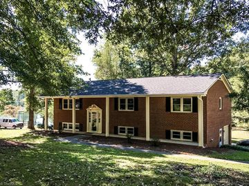 2200 Clearwater Court Winston Salem, NC 27106 - Image 1