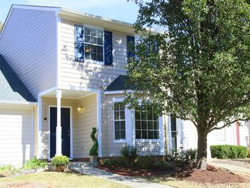 320 Standish Drive Chapel Hill, NC 27517 - Image 1