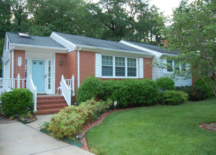 2511 Shady Lawn Drive Greensboro, NC 27408