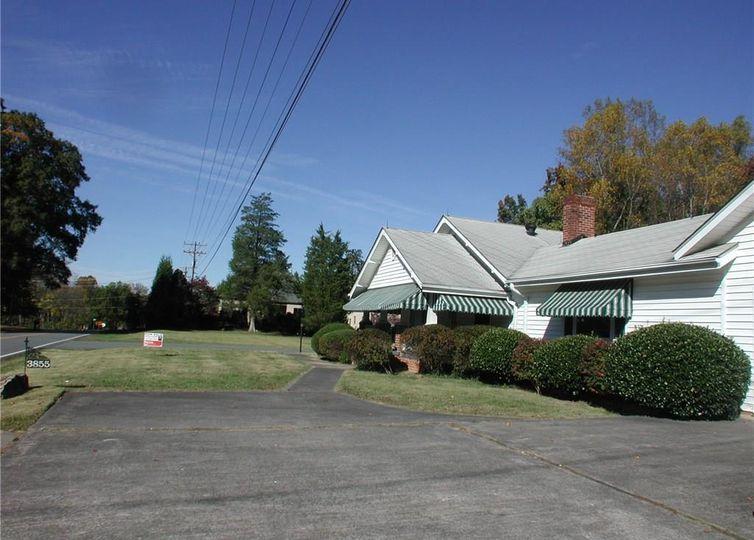 3855 Shattalon Drive Winston Salem, NC 27106