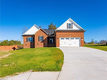 115 Solitaire Drive Trinity, NC 27370 - Image 1