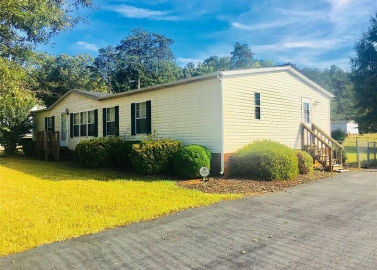 1110 Sycamore Ridge Drive Winston Salem, NC 27105