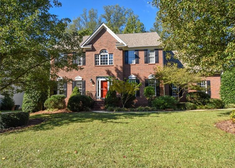 4 Hill Valley Court Greensboro, NC 27410