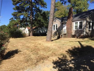 3762 Pineview Avenue High Point, NC 27260 - Image