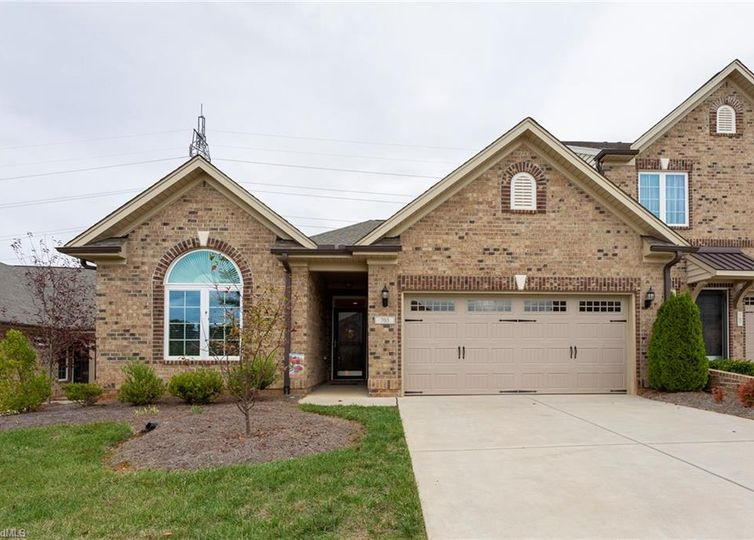 703 Piedmont Crossing Drive High Point, NC 27265